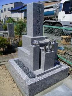 三又墓地の建立事例